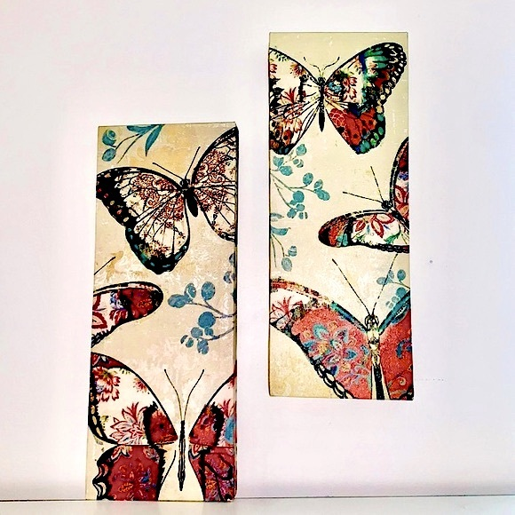 2 Butterfly Wall Decor Statement Pieces